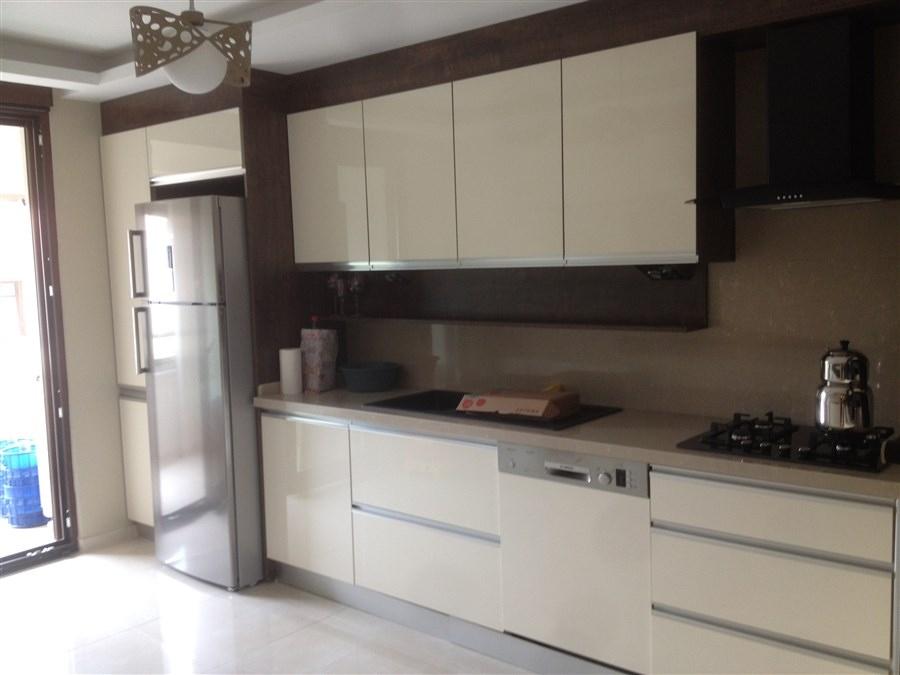 mutfak dolab modelleri eski ehir mutfak dolab mia. Black Bedroom Furniture Sets. Home Design Ideas